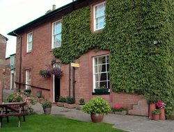 Pets-friendly hotels in Carlisle