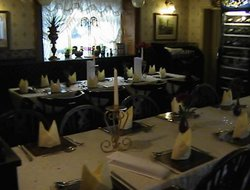 Barnsley hotels with restaurants