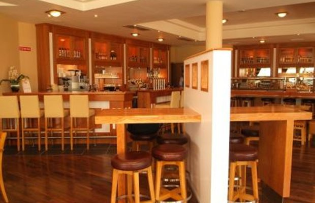 фото Ramada Viking Hotel 111517289