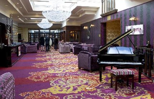 фото Hillgrove Hotel, Leisure & Spa 111520659