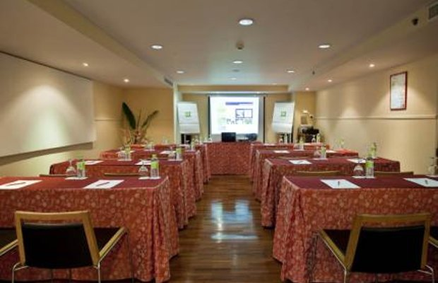 фото Отель The Seasons Bangkok Siam 111836431
