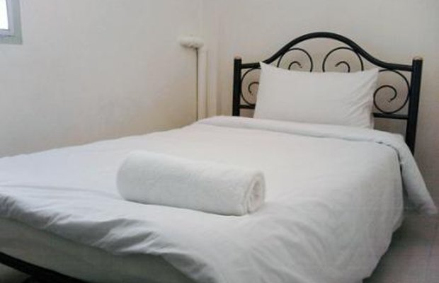 фото Asoke Montri Hostel 111843061
