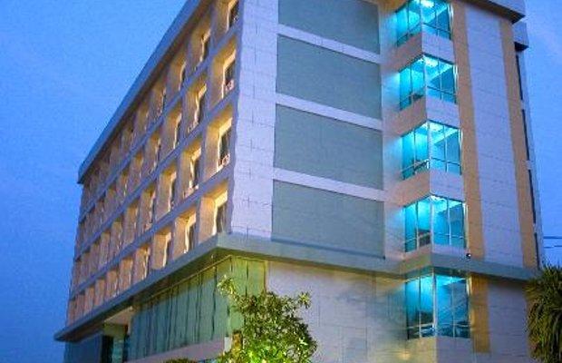 фото V-One Hotel Korat 111845260