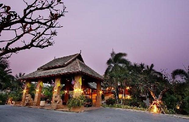 фото Hotspring Beach Resort 111879009