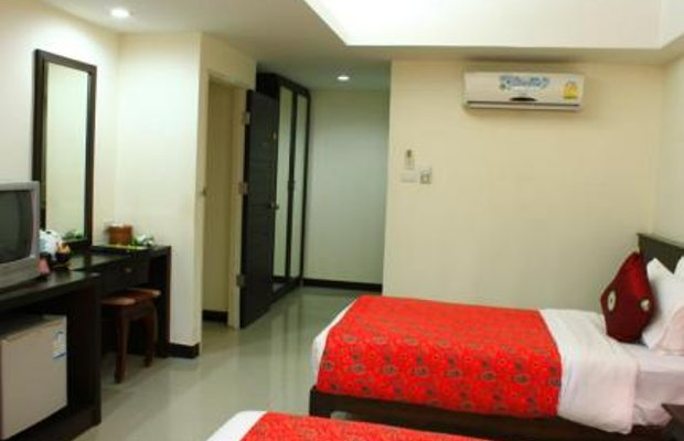 фото @ At Phuket Inn 111902348