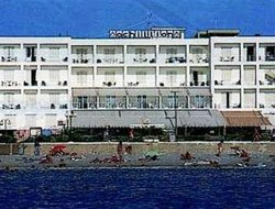 Pets-friendly hotels in Loutraki