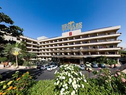 Tenerife Island hotels with Russian personnel
