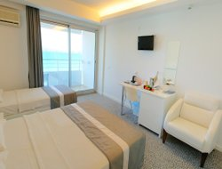 Ilica hotels with sea view