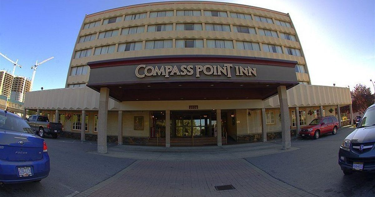 Compass Point Inn