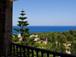 Samos Island hotels with restaurants