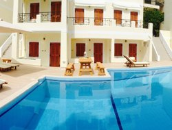 Poros Town hotels with swimming pool