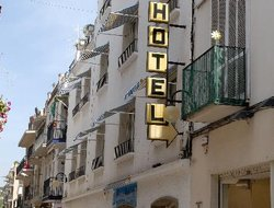 Sitges hotels with swimming pool