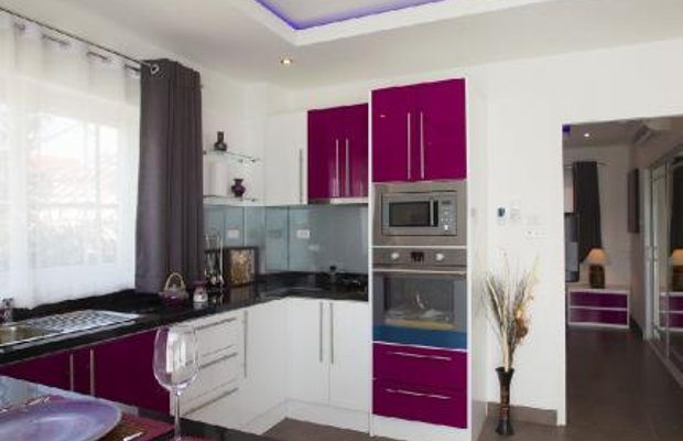 фото Tudor Court Serviced Apartments 144941585