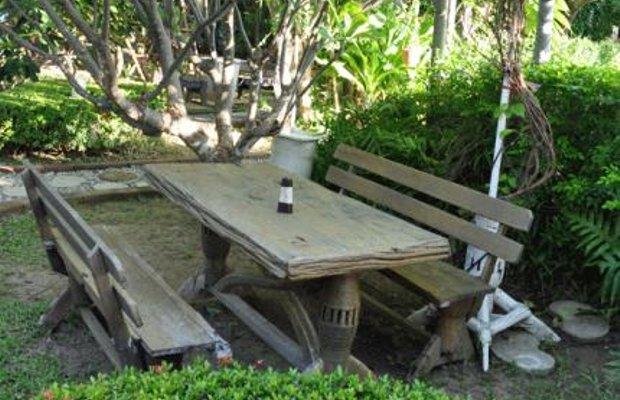 фото White Beach Resort 145020693