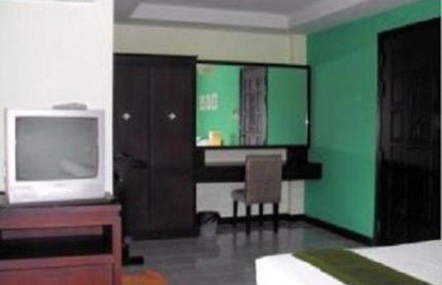 фото J Hotel 145021520