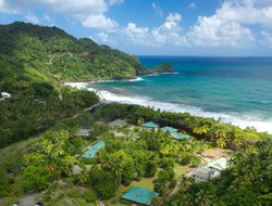 Dominica hotels with swimming pool