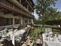 Reutte hotels with restaurants