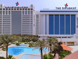 Bahrain hotels with Russian personnel