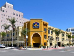 Long Beach hotels for families with children