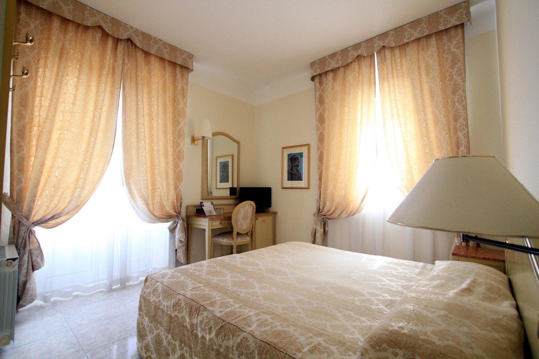 Hotel ena arenzano foto