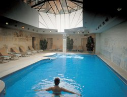 Lisbon hotels with swimming pool
