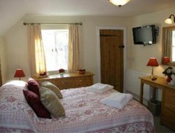 Blandford Forum hotels with restaurants