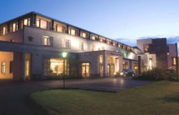 фото Tullamore Court Hotel And Leisure Centre 1570737440
