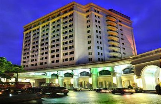 фото Royal Halong Hotel 1570773368