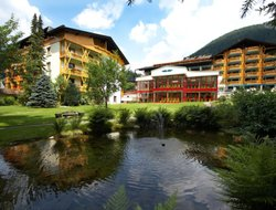 Top-3 hotels in the center of Bach