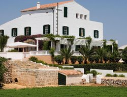 Pets-friendly hotels in Es Castell