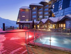 Val Thorens hotels with swimming pool