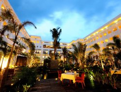 Top-3 romantic Kampung Padang Masirat hotels