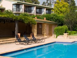 Rothbury hotels with swimming pool