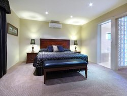 Armidale hotels with restaurants