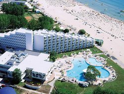 Albena hotels with swimming pool