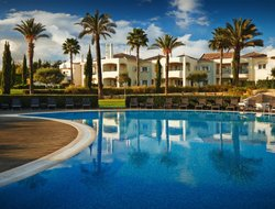 Lagoa hotels with swimming pool