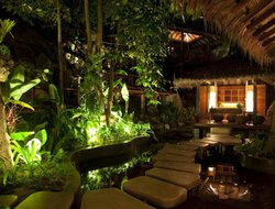 Baan Tai hotels with restaurants