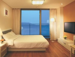 Incheon hotels with swimming pool