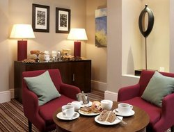 Pets-friendly hotels in Wimbledon