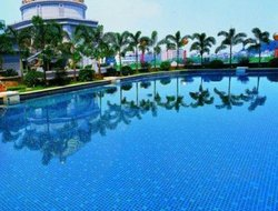 Foshan hotels with swimming pool