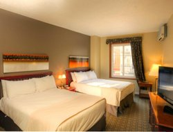 Mont Tremblant hotels with swimming pool