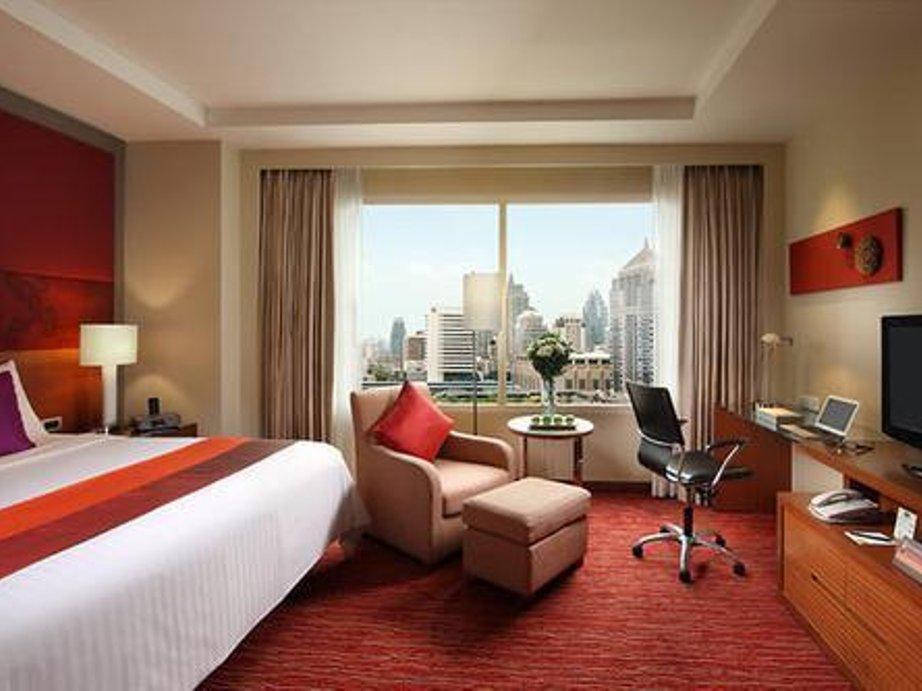BTS Skytrain Hotels