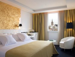 Top-10 romantic Seville hotels