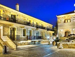 Top-4 hotels in the center of Chios Town