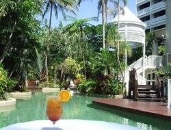 Top-10 hotels in the center of Cairns