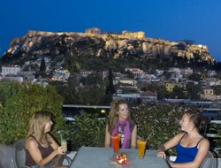 Athens hotels with Russian personnel