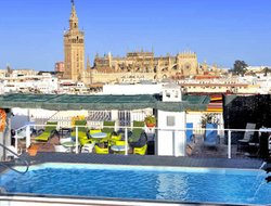 Seville hotels with swimming pool