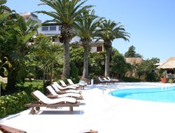 Porto Cervo hotels with swimming pool