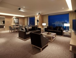 Sha Tin hotels with swimming pool