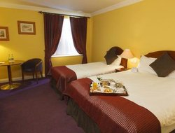 Portlaoise hotels with swimming pool